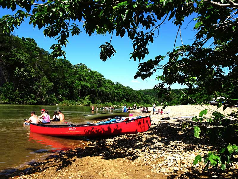 Buffalo_river_canoe