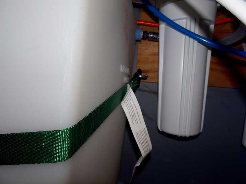fresh tank strap