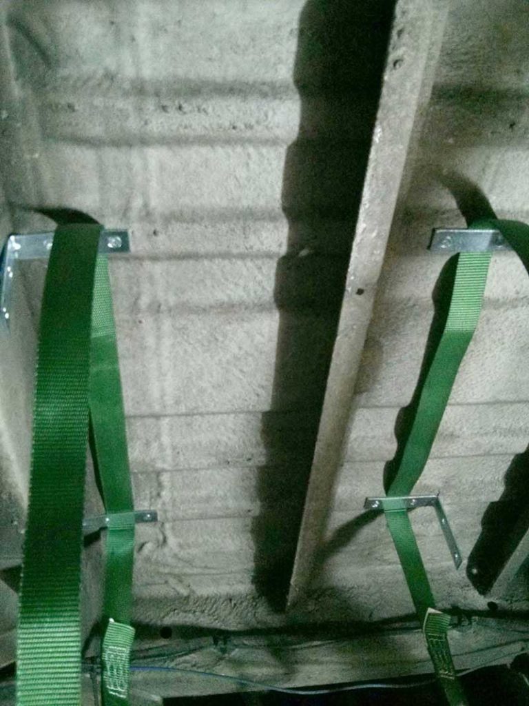 gray tank straps